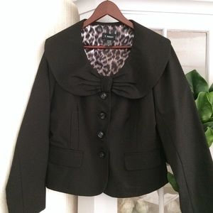 Black Bow Front Collar Blazer